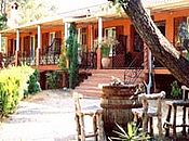 Booking bed and breakfast CANTE CIGALO la croix valmer